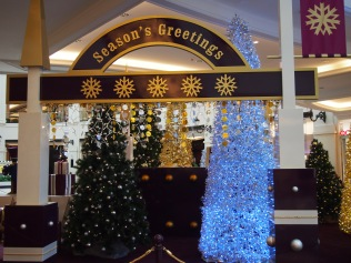 Season's greetings from Mall of the Emirates